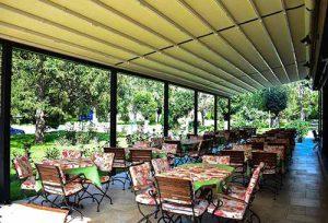 Kasina kod Ajduka - prostor restorana i park terasa